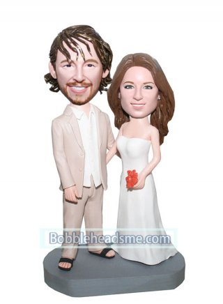 Custom Bride And Groom bobblehead In Wedding Dress With A Maple