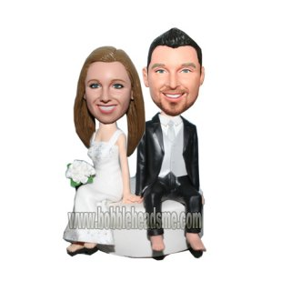 Wedding Couple Custom Bobbleheads Sit On The Cake