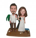 Customized Loving Bobblehead Dancing Groom And Bride