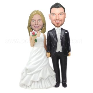 Majesty Dress Bride Holding Groom Wedding Bobbleheads
