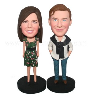 Fashion Couple On The Black Round Base Bobbleheads