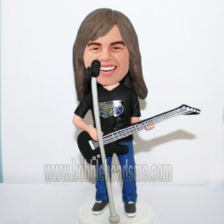 Casual Guitar Player With Microphone In Front Bobbleheads