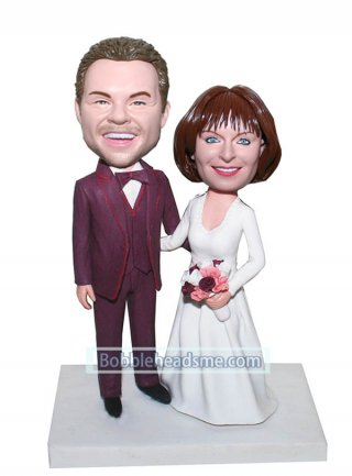 Cheap Custom Bride And Groom bobblehead dolls Arms Around Each Other
