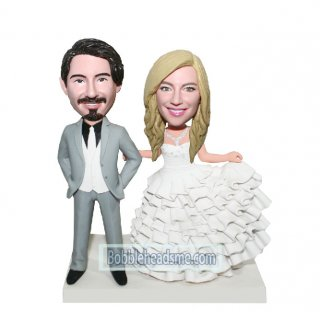 Custom Wedding Cake Topper Groom And Bride bobbleheads