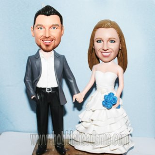 Make Your Own bobblehead Bride And Groom Hand in Hand