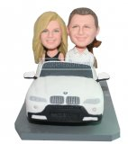 Customized bobble head Couple Drive With A White Porch