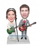 Personalized Music Wedding Bobbleheads Groom And Bride Playing Guitar