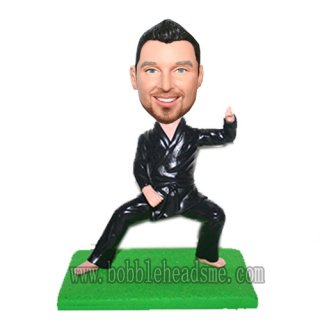 Customized Tai Ji Posing Male In Uniform Bobblehead Doll