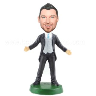 Suit And Vest Groomsmen Open Arms Custom Bobbleheads Doll