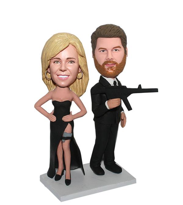 Kiss Amp Kill Bobblehead Spy Couple With Guns