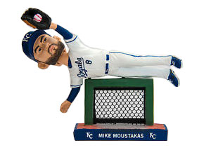 Custom Bobbleheads Baseball Player Flying To Catch The Ball