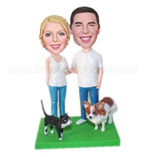 Perfect Match With Cat And Dog On Base Bobbleheads